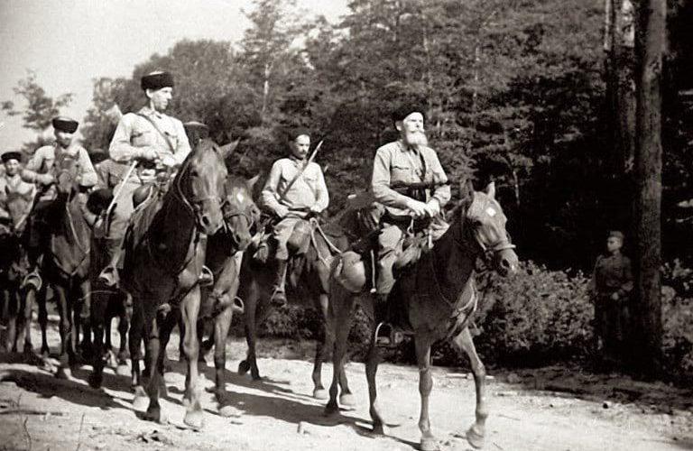 Легендарная Кущевская атака - кубанские казаки против СС