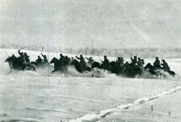 Как казаки три румынский полка порубали